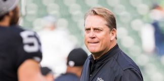 Raiders Coach Jack Del Rio weighs in on Derek Carr