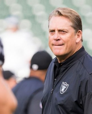 Raiders Coach Jack Del Rio weighs in on Derek Carr