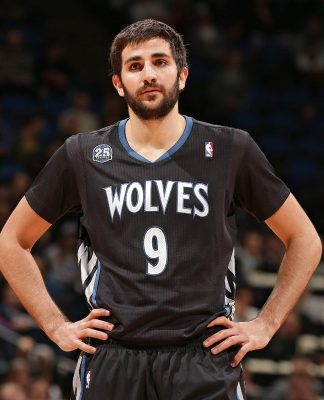 Minnesota Timberwolves Shopping Ricky Rubio