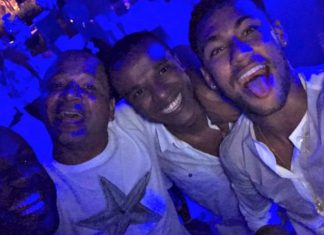 Neymar Rings In New Years In South Africa