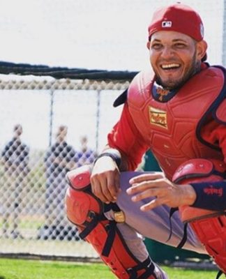 Yadier Molina and Cardinals Reach Extension Agreement