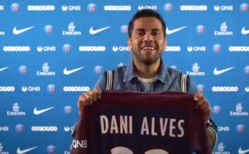 Paris Saint-Germain Sign Dani Alves