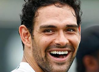Bears Mark Sanchez In Mexico With Side Chick