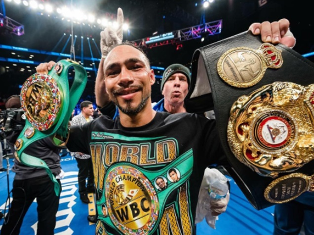 Keith Thurman Weighs In on Canelo vs Golovkin Fight